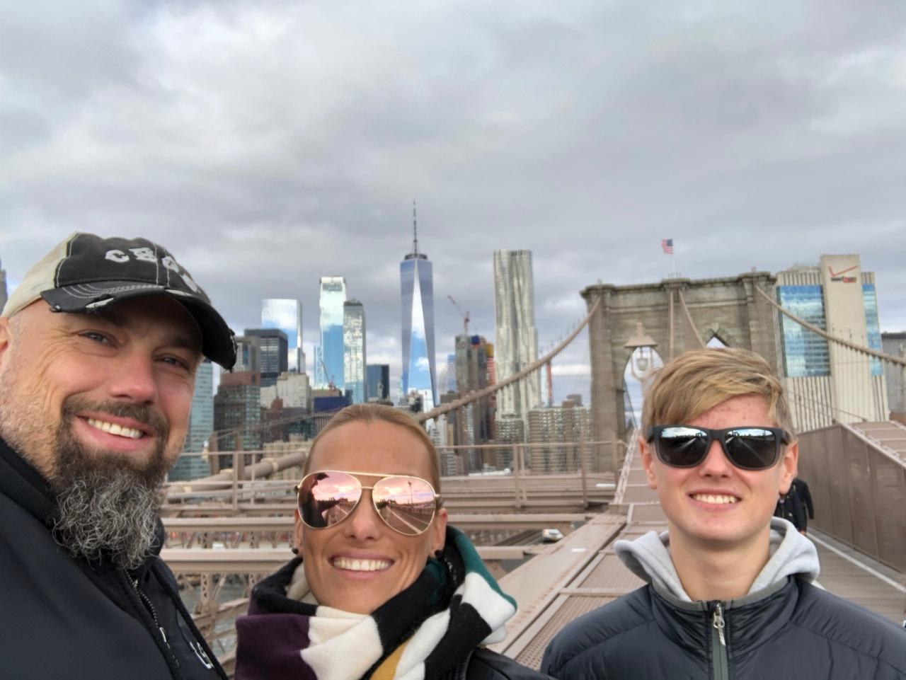 Brooklyn Bridge, walking New York's most iconic rivercrossing