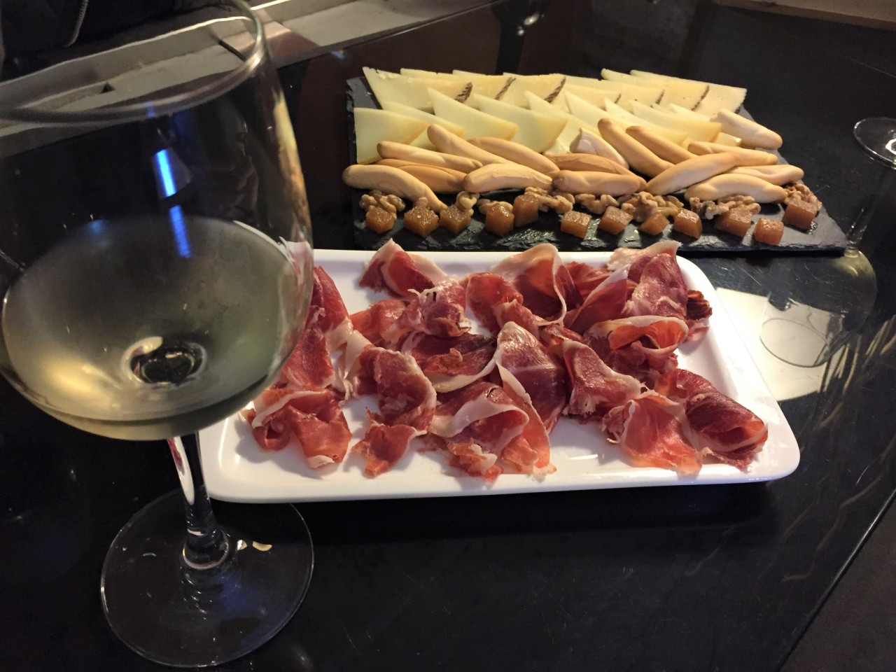 How To Eat For Free In Spain's Andalusian Region (The TapaExperience)